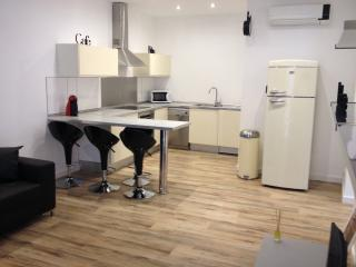 Charming apartment, perfect location - Palma de Mallorca vacation rentals