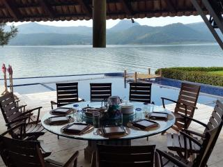 Spectacular house by the lake at Valle de Bravo - Valle de Bravo vacation rentals