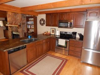 Gorgeous Creekside home in Oak Creek Canyon Sedona - Sedona vacation rentals