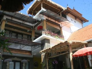 LARGE. Family Villa.POOLFENCE YES or NO - Sanur vacation rentals