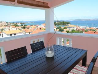 Apartment Kacan Zanov Preko - Preko vacation rentals