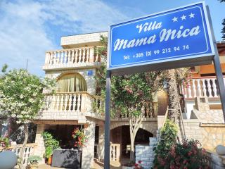 Villa Mama Mica - Vir vacation rentals