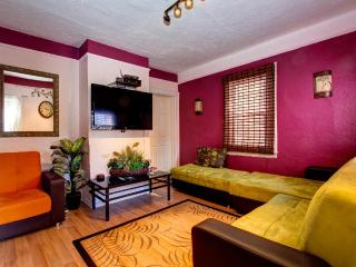 Jewel of Flushing Queens' Spacious House - New York City vacation rentals