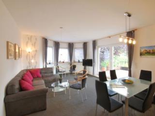 Vacation Apartment in Hoppegarten - 926 sqft, Großzügige, modern (# 8879) - Hoppegarten vacation rentals
