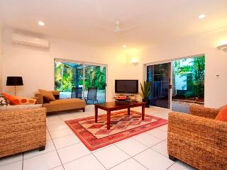 Seanna - Palm Cove vacation rentals