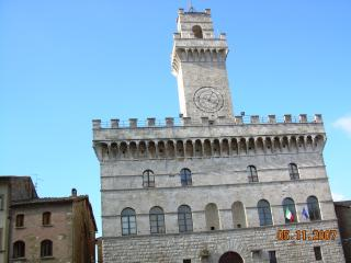 Charming Apartment in Montepulciano, Tuscany - Montepulciano vacation rentals