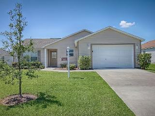 Great location. Sandpiper model in The Villages with free use of golf cart - The Villages vacation rentals