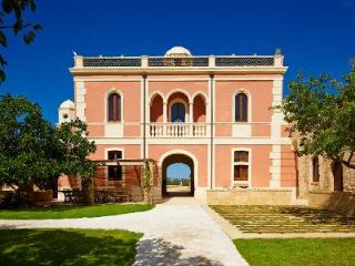Villa Pizzorusso - Stunning villa with pool, secluded gardens & peaceful landscape - Mesagne vacation rentals
