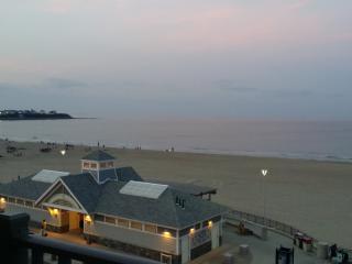 Oceanfront - great location! - Hampton vacation rentals