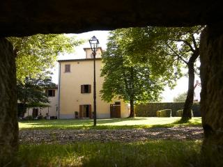palazzo gatteschi - Poppi vacation rentals