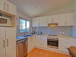 Oakland Cottage - The Entrance vacation rentals