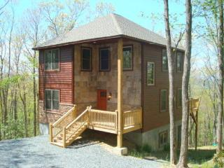 A Peak of Heaven Location: Between Boone & Blowing Rock - Boone vacation rentals