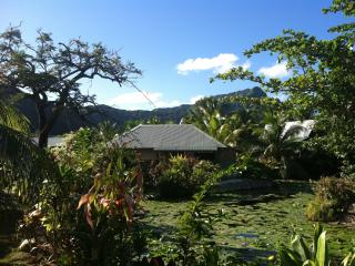 Bungalow Vaivaa - Fare vacation rentals