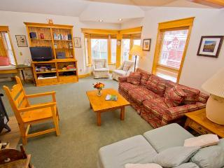 Perfectly Located Town Of Telluride 3 Bedroom Condo - SmugF - Telluride vacation rentals