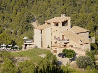 Torre Caballe - Fuentespalda vacation rentals