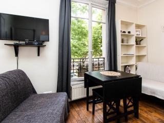 Old Paris Spirit Studio at Montmartre Sacre Coeur - Paris vacation rentals