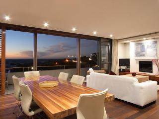 GLEN BEACH VILLAS - Camps Bay vacation rentals