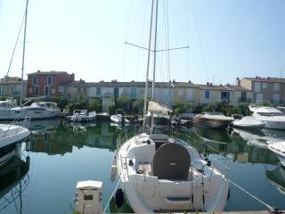 Appartement avec vue sur les canaux F367 - Port Grimaud vacation rentals