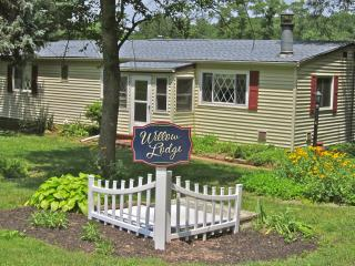 *New Listing* Willow Lodge at Primrose Dale Farm - Gettysburg vacation rentals