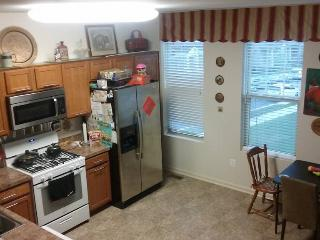 New home close to Washington DC, and Outlet mall - Clarksburg vacation rentals