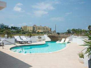 Palm Beach, The Double Rooms Modern World - Palm/Eagle Beach vacation rentals