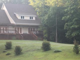Lake Sinclair House - Eatonton vacation rentals