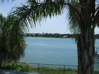 4 bed Pool Home walk to Beach River Flagler - New Smyrna Beach vacation rentals