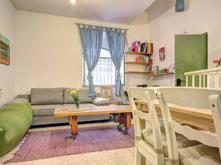 Enchanting Apt. hidden in Nachlaot. - Jerusalem vacation rentals