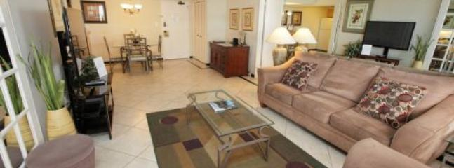 Gorgeous Luxurious 2 Bedroom in OceanFront Resort on Miami Beach! - Miami vacation rentals