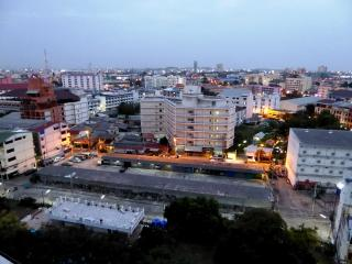 Big Apt. (80 sqm)  -  5 min. walk to Walking St. - Pattaya vacation rentals