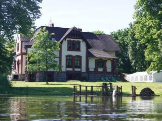 Manor Haus Villa Radekow - Mescherin vacation rentals