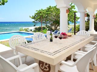 Villa Casablanca 3 or 4 bedroom oceanfront - Puerto Aventuras vacation rentals