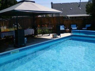 PENTICTON- Contemporary Home with POOL - Penticton vacation rentals