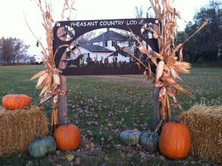 Pheasant Country Lodge and Lake House and Man Cave - Redfield vacation rentals