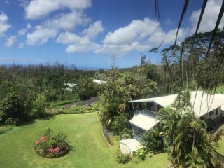 Breathe in Beauty, Peace and Light - Pahoa vacation rentals