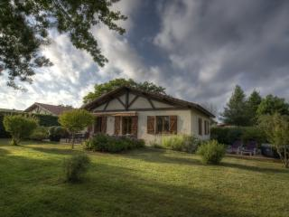 luxurious 6 person villa in Vielle St Girons - Vielle-Saint-Girons vacation rentals
