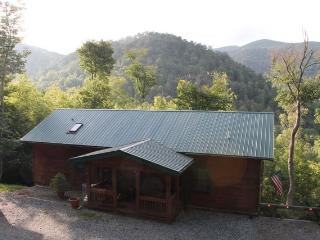 Beautiful 4/3 Views!Horse riding, Hiking, Private - Mars Hill vacation rentals