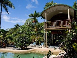 Rocky Point Retreat - Wonga Beach vacation rentals