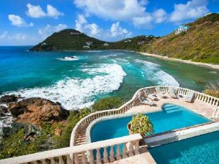Villa Mistral - Privacy and Upscale Luxury on Hart Bay - Hart Bay vacation rentals