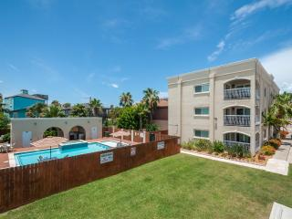 Large pool/spa, across street from beach! Dogs OK! - South Padre Island vacation rentals