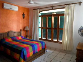 Tamarindo La Ropa Apartment - Zihuatanejo vacation rentals