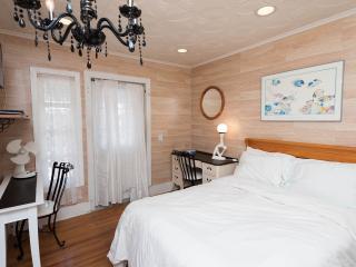 Hollywood Cozy Nook - Los Angeles vacation rentals
