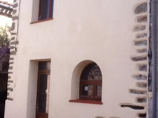 Nice authentic independant house for 2 - Rieux Minervois vacation rentals