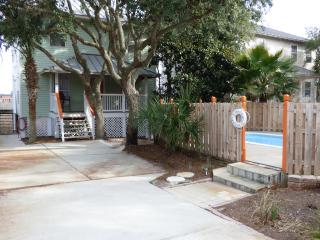 Doctors Order's - Private Pool - Walk to Beach - Destin vacation rentals