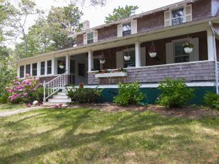 OLEAP - Classic East Chop Summer Home, Wifi Internet - Oak Bluffs vacation rentals