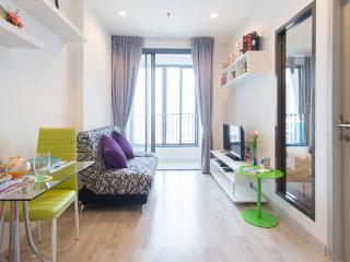 1 Bedroom City / Clean / MRT Rama 9 - Bangkok vacation rentals