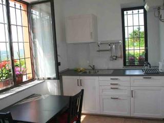 B&B Villa I Due Padroni - Montecalvo Versiggia vacation rentals