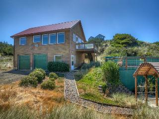 Waldport Oregon Secluded ocean front with panoramic views! - Seal Rock vacation rentals