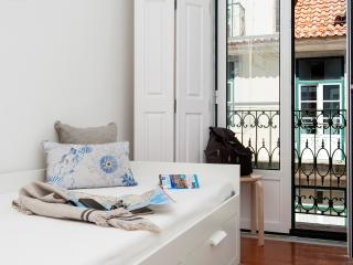 Family-friendly: historic centre w balcony,a/c,2BD - Lisbon vacation rentals