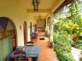 Luna Azul Garden Suite 3. San Pedro La Laguna, Gua - San Pedro La Laguna vacation rentals